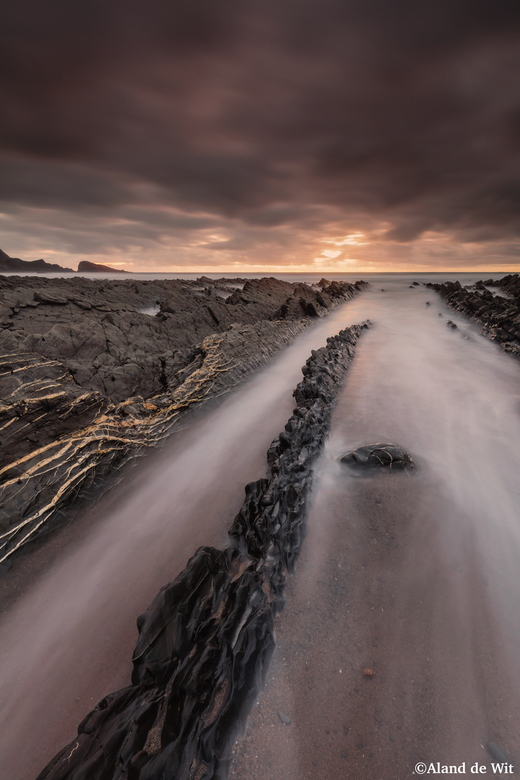 Welcombe Mouth - Zonsondergang @Welcombe Mouth, Devon, UK.<br /> F10<br /> iso 100<br /> 25 seconde<br /> 16mm