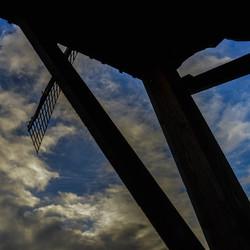 Onder de molen