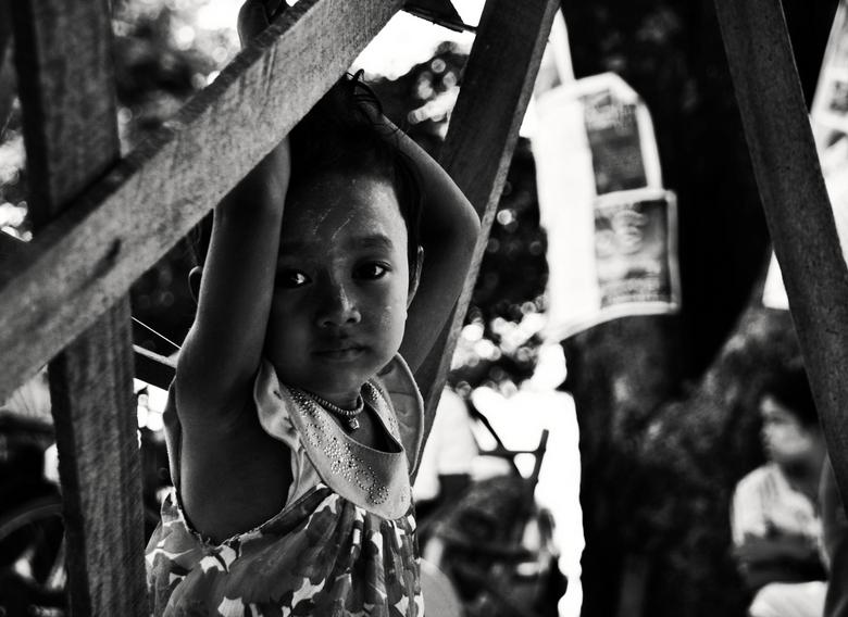 Expressie - kindje in Myanmar