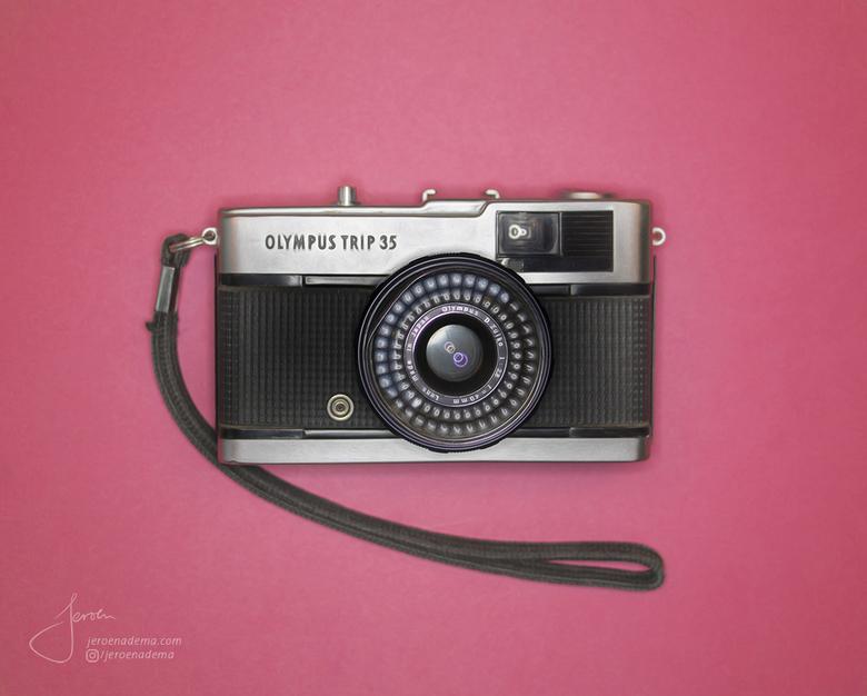 Kleur I - Een foto uit mijn reeks waarbij ik objecten en eten van boven heb gefotografeerd. Wie kent hem nog? De Olympus Trip 35.. Echt een topding in
