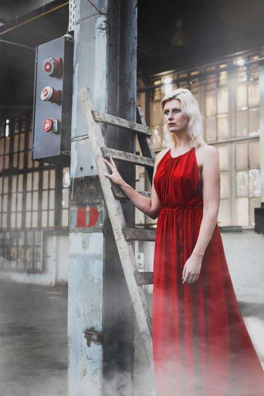 Monique  - Iets meer dan een maand geleden gaf ik de workshop 'portretfotografie in natuurlijk licht'. En hoewel ik zelf heel weinig heb ges