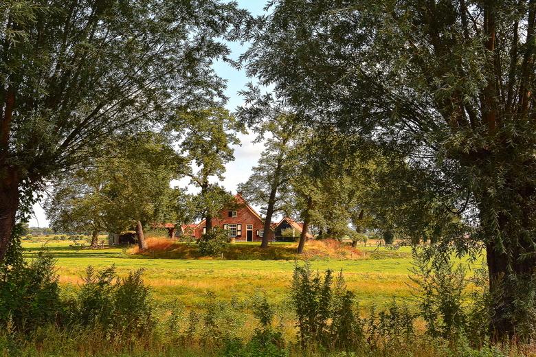 DSC_3830  Coulissen landschap. - Wonen op een Borg.<br /> <br /> beschermd door water en ligging.<br /> <br /> een authentiek stukje Twente.