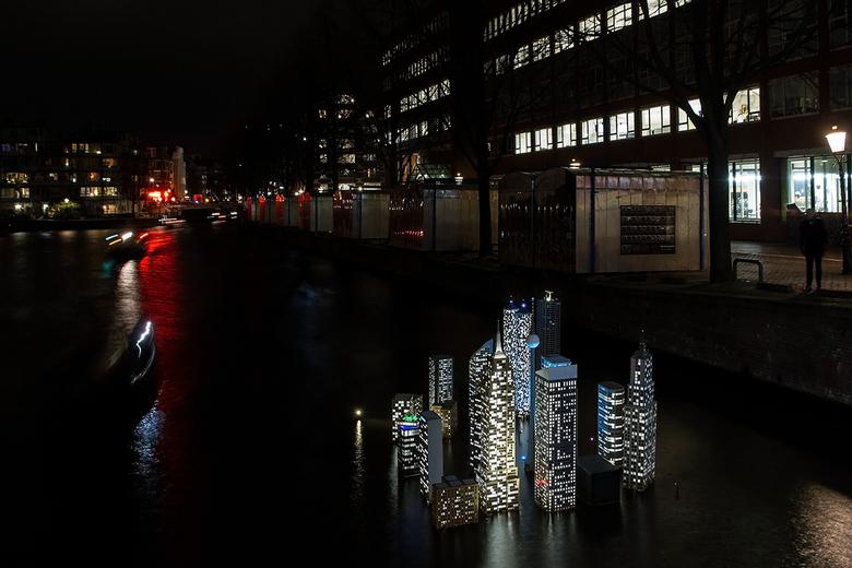 Amsterdam Light festival 6 - Stad in het water