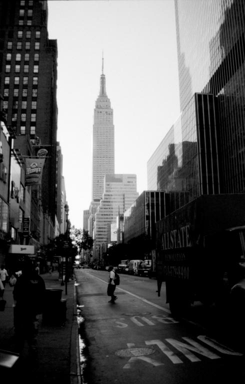 Crysler Building - Foto van het Crysler building in New York. Foto gemaakt met de Canon Eos 5 (analoog). <br /> <br /> Was een erg warme en zonnige