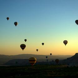 Ballonnen in Ochtendlucht..jpg