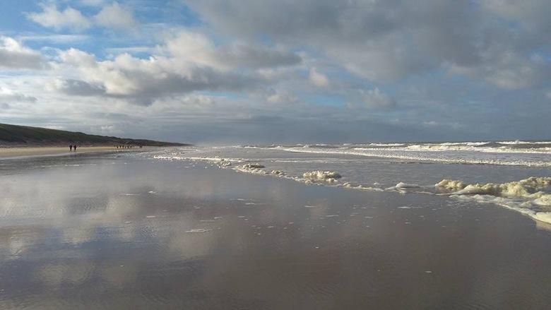 Zonnige zilte zondagmorgen in Egmond aan Zee