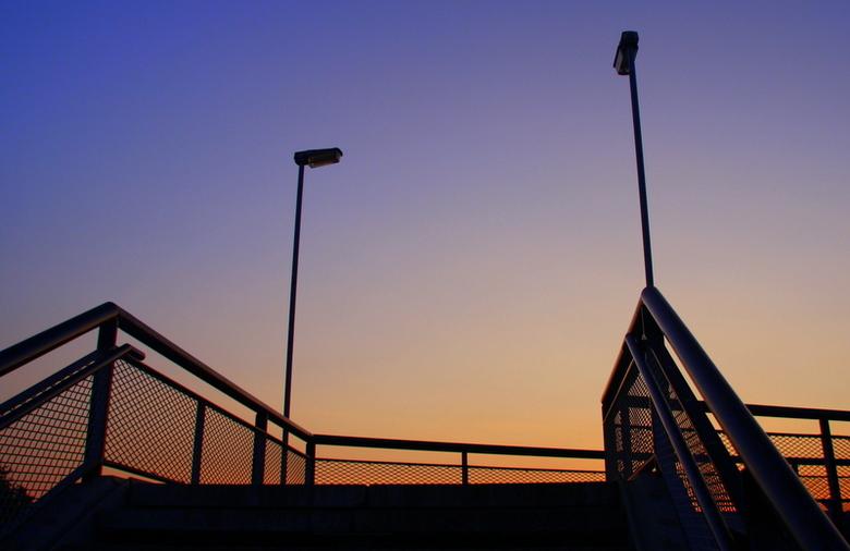 Loopbrug over betuwelijn -