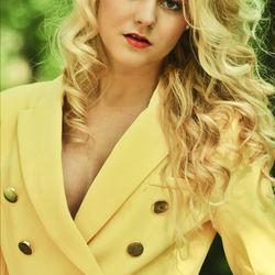 model : Britt