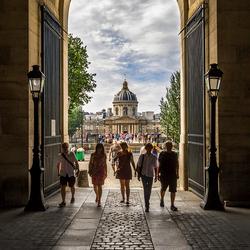 Naar het Louvre