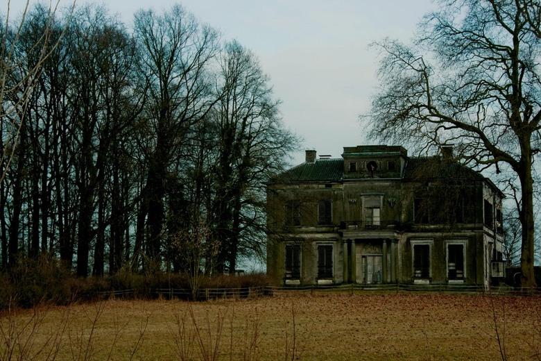 Abandond Haunted Villa of Cortenoever - Leegstaande herenhuis in Nederland.