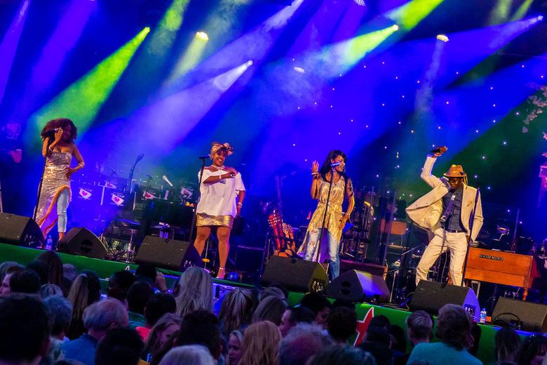 Muziek lr - Optreden van muzikanten tijdens de NOTK te Heerenveen
