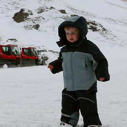 Lukas op wintersport