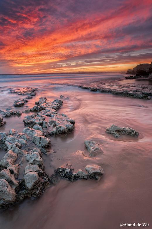 Praia de Galé - Zonsondergang op het strand van Galé Portugal.<br /> Iso 100<br /> F11<br /> 3,2 seconde<br /> 19mm