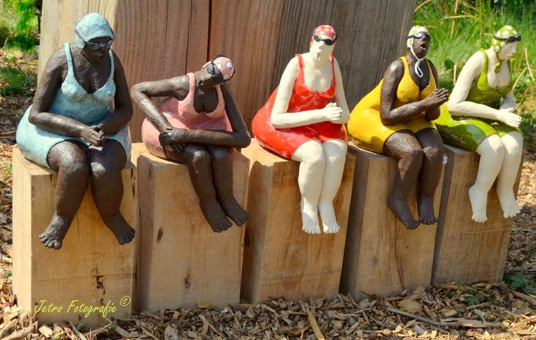 """De 'Kunst""""-zwemsters..."""