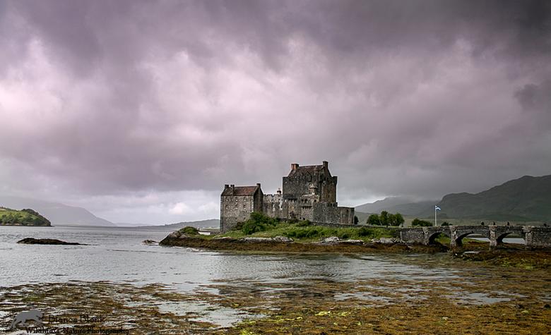 Amazing Scotland - Eilean Donan Castle - Loch Duich