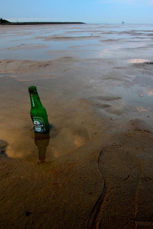 Strand - Genomen op het groene strand op terschelling