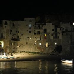 Sicilië - Cefalú in het avondlicht