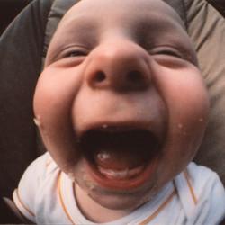 Lachen in wipstoel Lomo.jpg