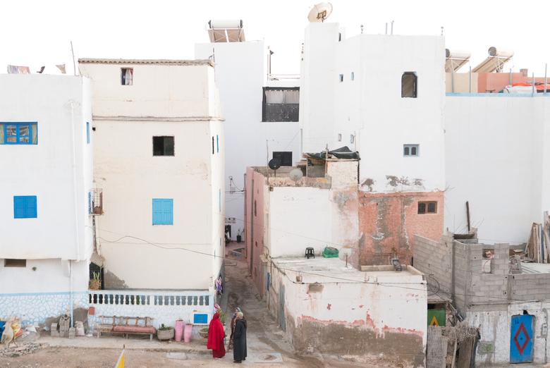 Taghazout - Straatleven - Typisch straatleven van Marokko, Taghazout met zijn prachtige pastelkleuren.