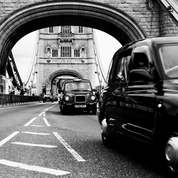 Taxi @ Tower bridge