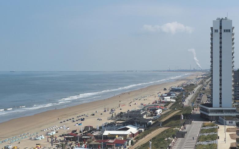 Zandvoort 1 - Mooi Zicht...vanaf de Rotonde Flat...