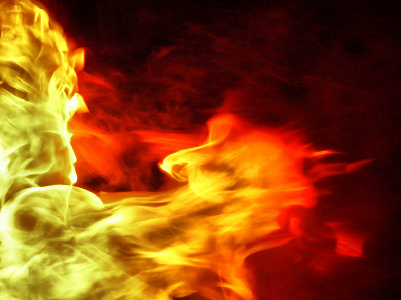FireMan - net of de vlammen , een man laat zien in het vuur