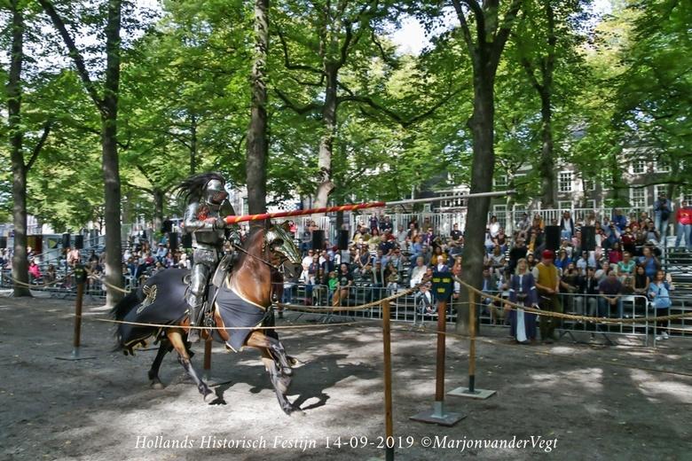 Steekspel voor echte Ridders - Het was &#039;n geweldig festijn. Zonovergoten, 60.000 bezoekers in &#039;t hele weekend. Het is omgevlogen.<br /> <br