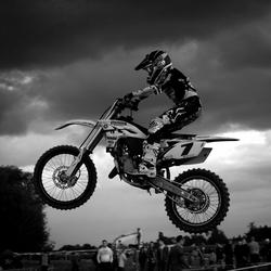 moto20.jpg