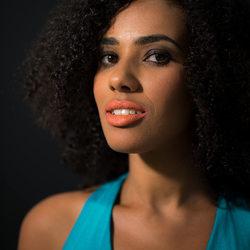 Model: Stefanie Lmd