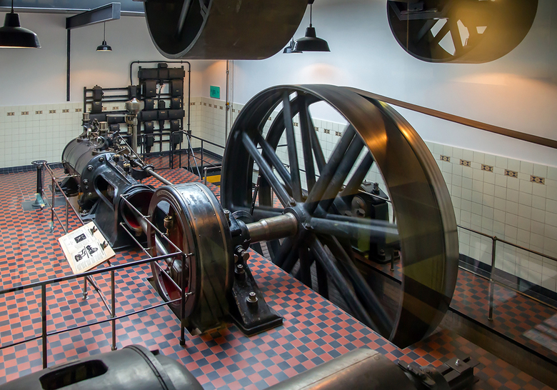 Textielmuseum Tilburg 1 - *