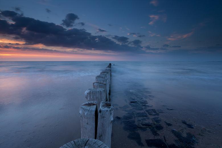 Inspiring Cadzand nr. 4 - Gemaakt tijdens zonsondergang bij Cadzand Bad. Hoog standpunt genomen en met Lee filters gewerkt.