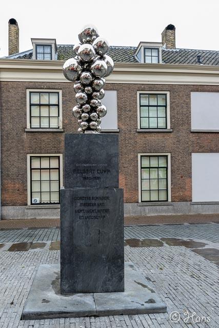 Dordrecht 8 -