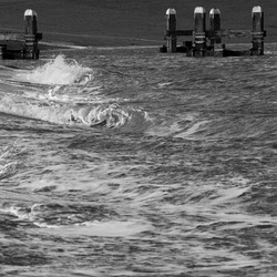 golven op de kust