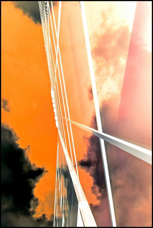 Somet(h)imes...... - Reflectie van wolken....<br /> <br /> Laatste foto&#039;s zijn genomen met mijn groothoeklens canon 10-18. Heel blij mee! <br /