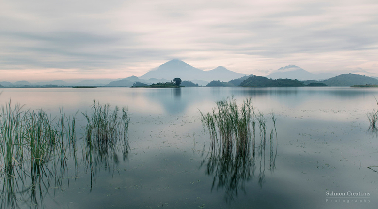 Lake Matunda - Lake Mutanda is located in Kisoro District in southwestern Uganda, approximately 12 miles north of the town of Kisoro, where the distri