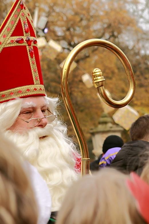 Sint Nikolaas - Nog maar een foto van Sinterklaas van de intocht in Breukelen.<br /> 12-11-2016<br /> <br /> Groet Roland