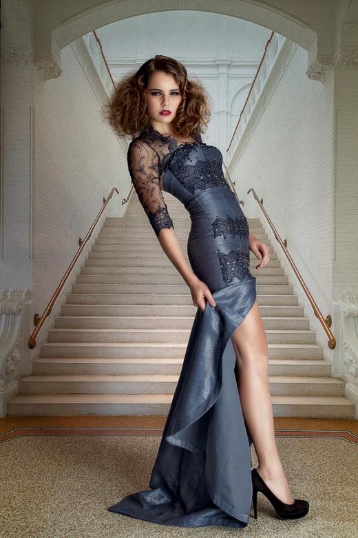 Laura van Eer - Model: Laura van Eer<br /> Visagiste: Ibolya Fülöp<br /> Kledingontwerp en Styling: Pearl Dronkers<br /> Locatie: M&amp;N Studio&#0