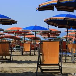 Wirwar op het strand