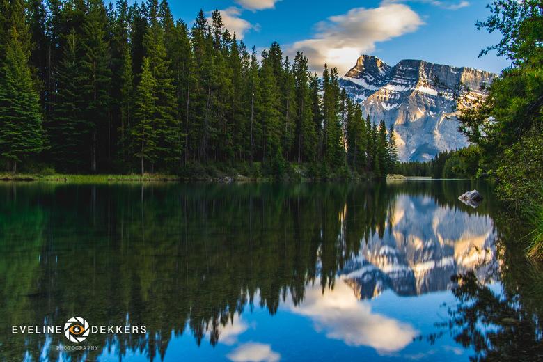 Zonsondergang bij Two Jack Lake - Canada - Zonsondergang bij Two Jack Lake in Banff NP - Canada.