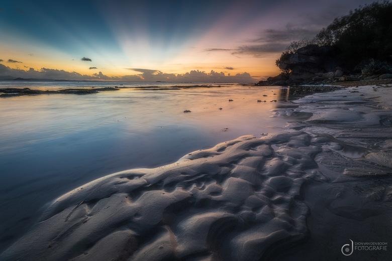 Sunset Paradise - Zonsondergang op ons privé strandje op Gili Nanggu. A little piece of paradise.