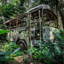 Vervallen Bus