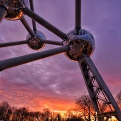 Atomium sunset