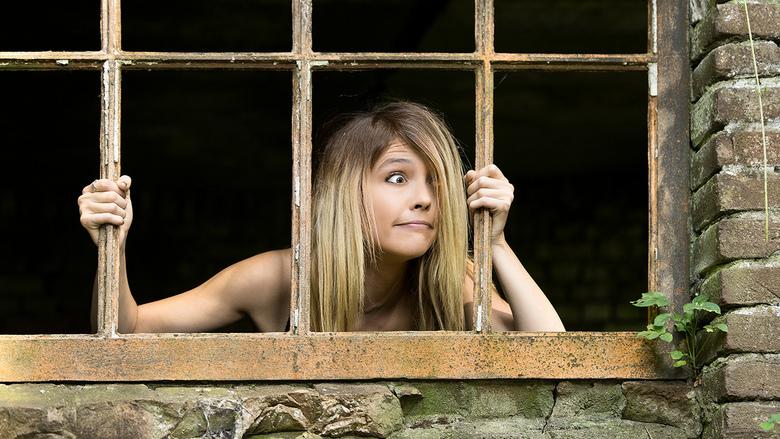 captive - funny photo