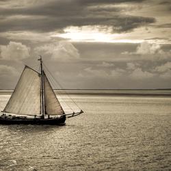 Zeilboot op de Waddenzee