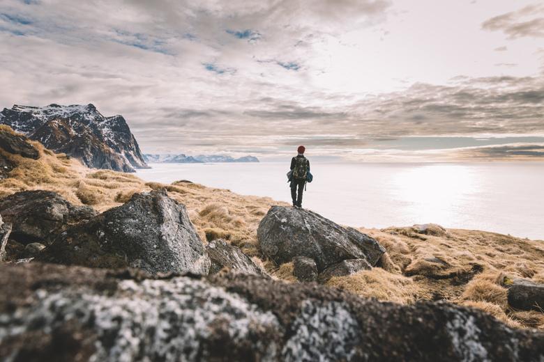 Hiking perspectives. - Prachtige momenten tijdens de kustwandeling tussen Eggum en Unstad.<br /> We passeerden er de meest noordelijke surfclub.<br /