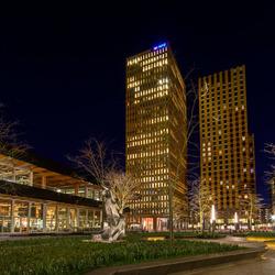 Amsterdam - Zuidas - Gustaf Mahlerplein - Symphony Towers
