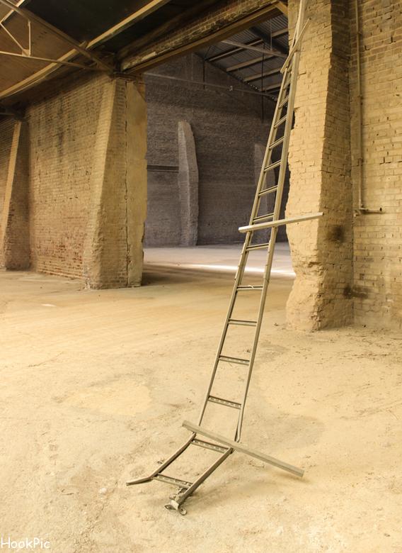 verlaten steenfabriek, opslagloods - fabriek IMG_3127-LR900.jpg