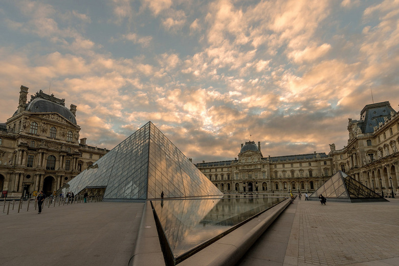 Louvre sunrise