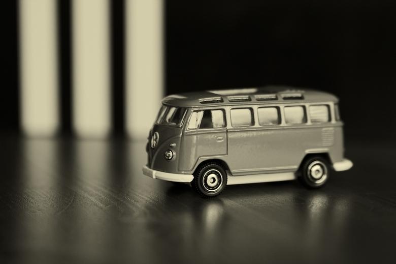VW Samba - Even met de autootjes van mijn zoontje gespeeld.<br /> <br /> Alvast bedankt voor uw reactie.<br /> <br /> Groetjes<br /> Davy