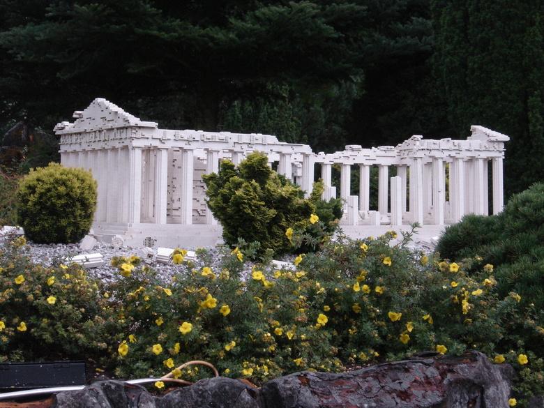 Lang leve LEGO - een leuke foto in lego land van een Griekse cultuur.